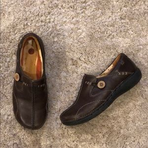 Clarks Unstructured Un.Loop Brown Leather Shoe